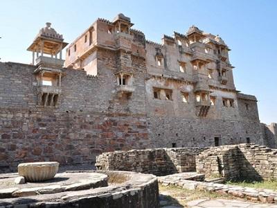 rana-kumbha-palace3
